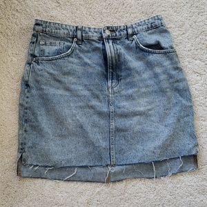 H&M Frayed Hem Denim Skirt